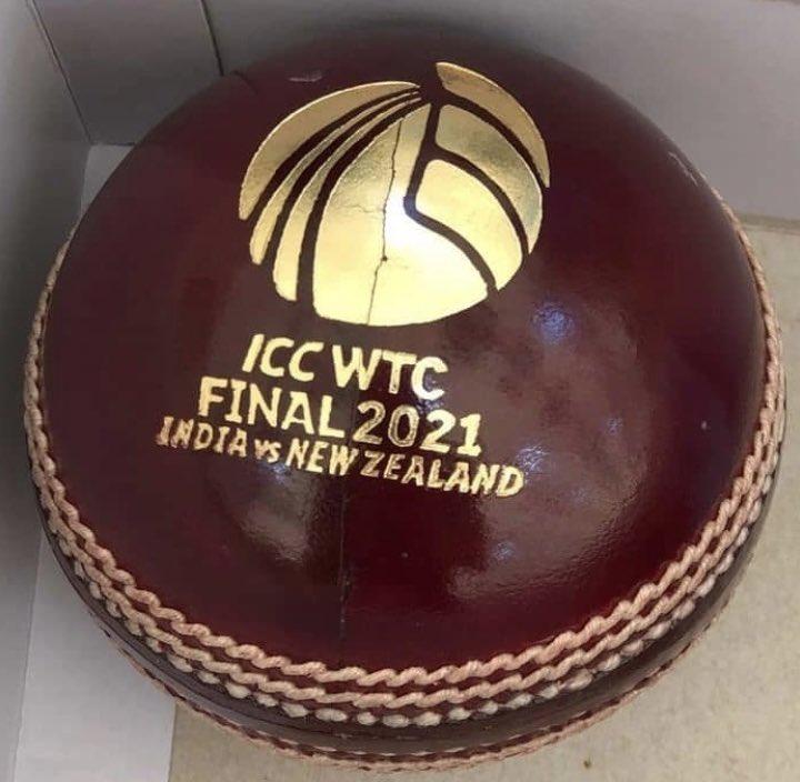 वर्ल्ड टेस्ट चैंपियनशिफ का फाइनल ड्यूक बॉल से खेला जाएगा। ड्यूक बॉल स्विंग और सीम बॉलिंग में मददगार होती है। ऐसे में रन बनाने के लिए बल्लेबाजों को इससे पार पाना होगा।