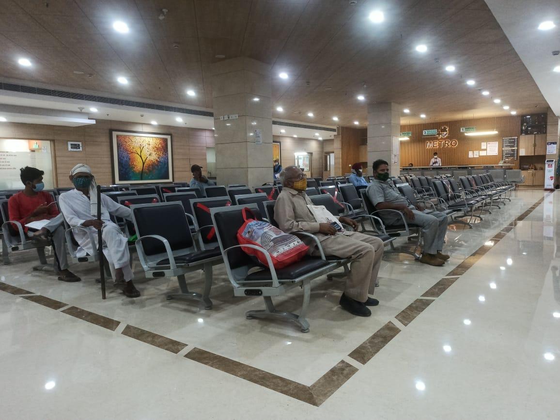निजी अस्पतालों के डाक्टरों ने 5 घंटे बंद रखीं OPD, दोपहर 2 बजे के बाद मरीजों को देखा|फरीदाबाद,Faridabad - Dainik Bhaskar