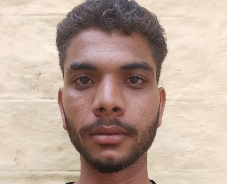 5वां आरोपी मोडक स्टेशन से गिरफ्तार, पिस्टल व कारतूस बरामद, 2 अभी भी फरार|कोटा,Kota - Dainik Bhaskar