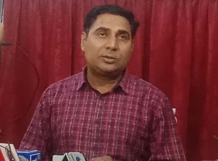 बहरोड MLA ने अलवर MP पर लगाए आरोप, बोले- इसमें चर्चा में आया पीए सांसद का सगा फूफा, उन्होंने अपने लोगों को भी नहीं छोड़ा|अलवर,Alwar - Dainik Bhaskar