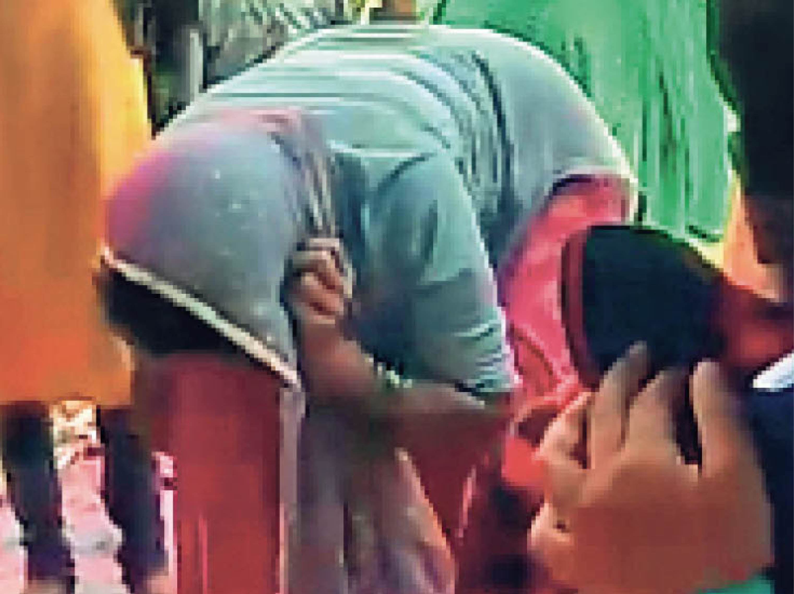डायन का आराेप लगाकर महिला से कान पकड़कर उठक-बैठक करा पिटाई की, 10 हजार रुपए का जुर्माना लगाया|हजारीबाग,Hazaribagh - Dainik Bhaskar