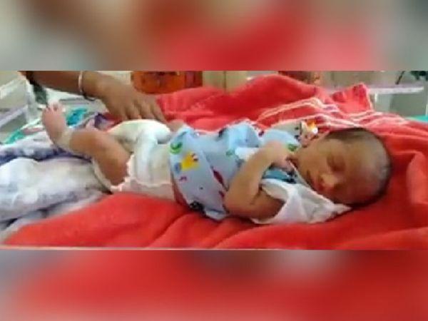 जिला अस्पताल में 1200 ग्राम के 34 तथा 1000 ग्राम से कम के 11 नवजात एक साल में हुए स्वस्थ|बाड़मेर,Barmer - Dainik Bhaskar