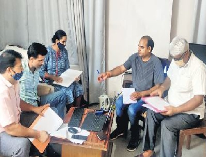 नर्सिंग भर्ती में घूसखोरों से घूस मांग रहा था सांसद बालकनाथ का पीए|जयपुर,Jaipur - Dainik Bhaskar