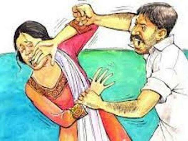 पुलिस थाने ने मेडिकल रिपोर्ट के बाद महिला की शिकायत पर ससुराल पक्ष के लोगों के खिलाफ मामला दर्ज कर लिया है। - Dainik Bhaskar