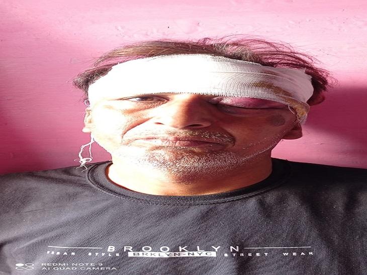 घायल पिता रामकुमार।