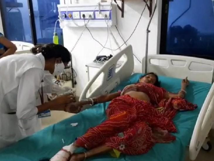 अस्पताल में  इलाजरत मोतिझारी कुंवर। - Dainik Bhaskar