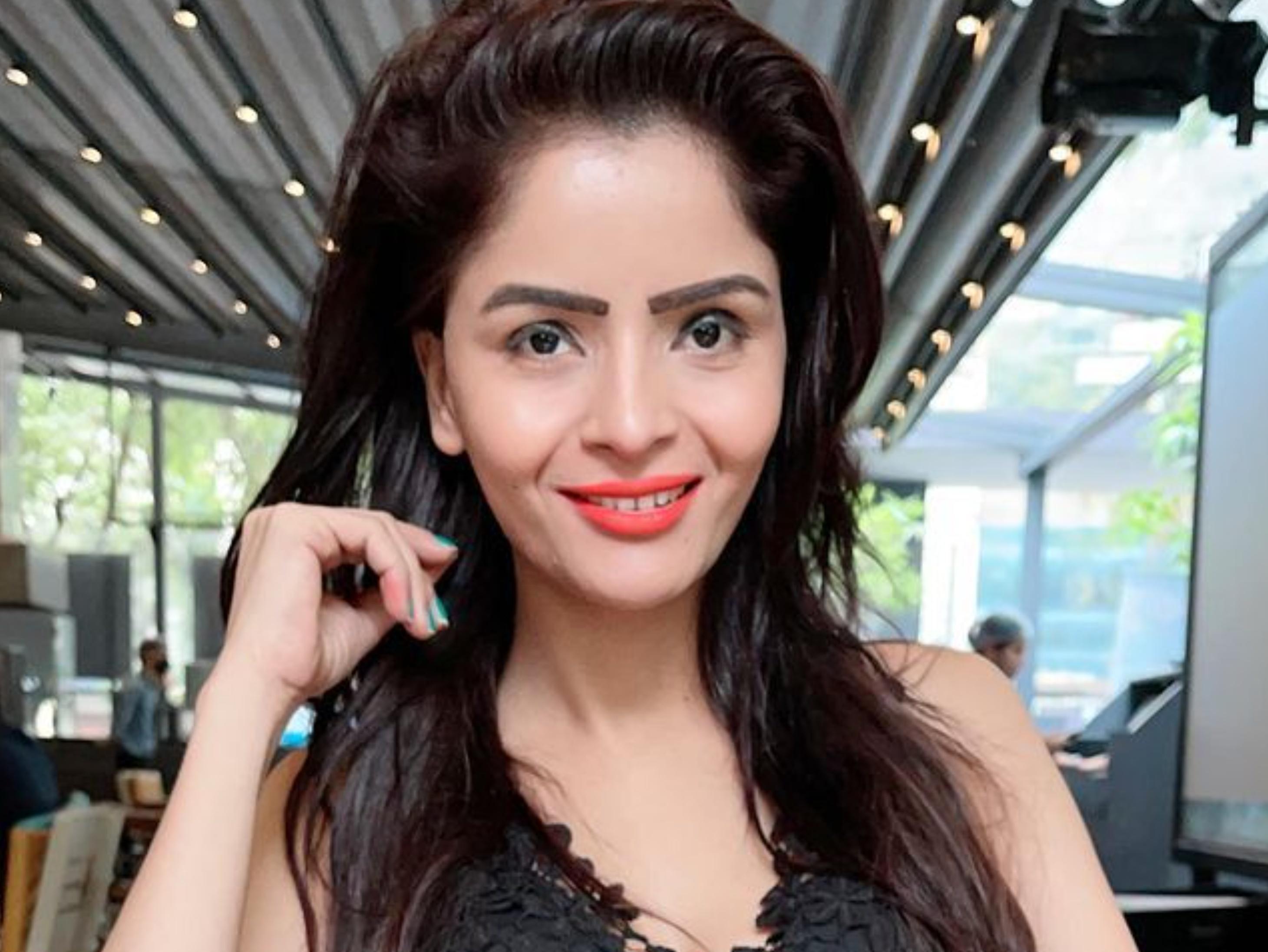 गंदी बात की एक्ट्रेस को मिली जमानत, अश्लील वीडियो बनाने के आरोप में 5 महीने से जेल में थी गहना वशिष्ठ|बॉलीवुड,Bollywood - Dainik Bhaskar