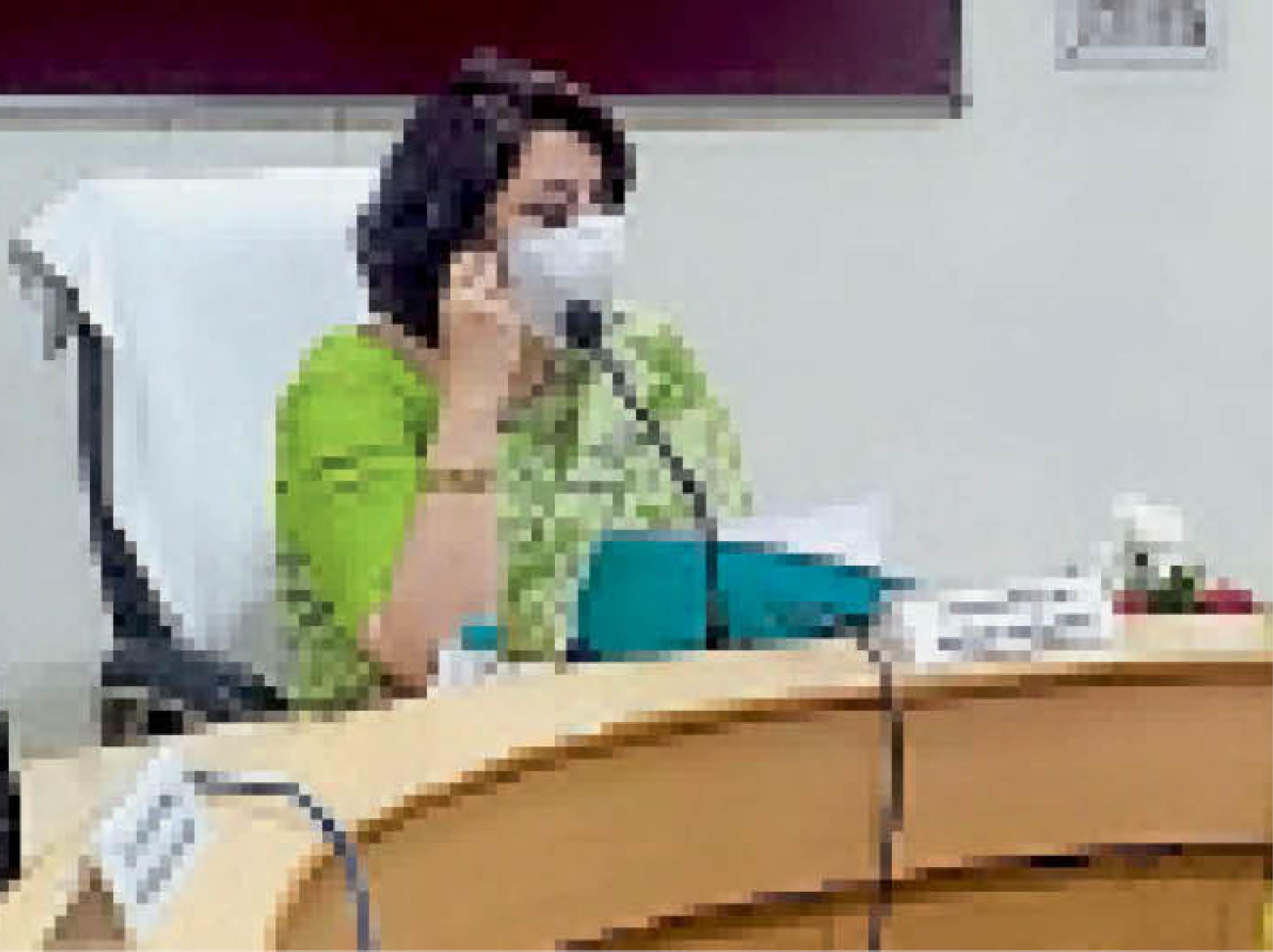 सिटी के एडीसी ऑफिस में समीक्षा बैठक काे संबोधित करतीं अतिरिक्त मुख्य सचिव डाॅ. सुमिता मिश्रा। - Dainik Bhaskar