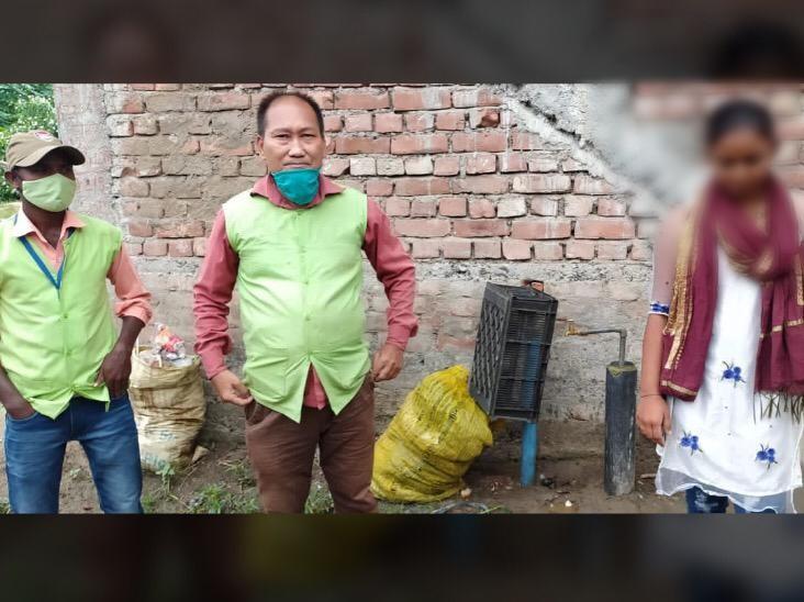 कोलकाता से भागी लड़की ने अधिकारियों ने कहा- घरवालों ने मारा-पीटा, इसलिए प्रेमी के साथ भाग आई|पूर्णिया,Purnia - Dainik Bhaskar