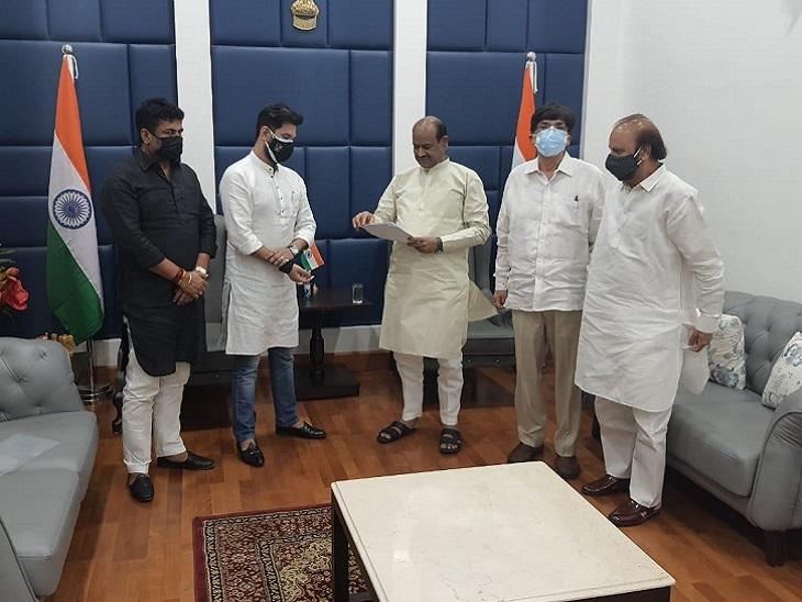 दिल्ली में लोकसभा अध्यक्ष से मिले चिराग पासवान। - Dainik Bhaskar