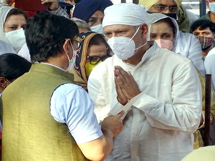 जीव मिल्खा सिंह के साथ मिलकर केंद्रीय खेल मंत्री किरण रिजिजू ने दुख जताया