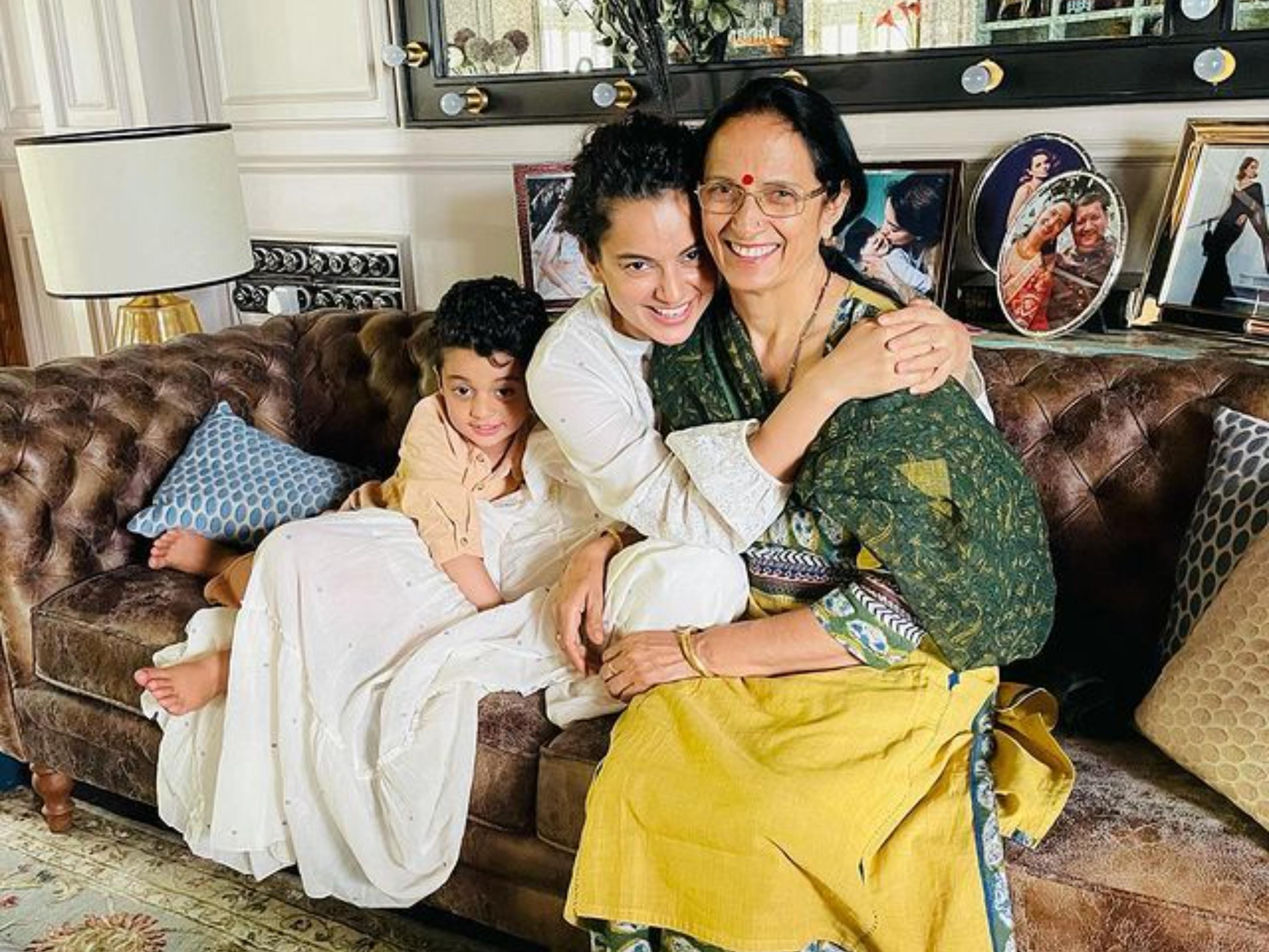 कंगना ने योग की मदद से नहीं होने दी मां की ओपन हार्ट सर्जरी, बोलीं- शुगर-थाइरॉयड जैसी बीमारियां 2 महीने में ठीक हुईं|बॉलीवुड,Bollywood - Dainik Bhaskar