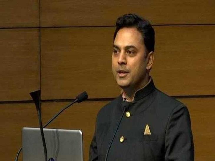 CEA सुब्रमण्यम ने कहा- इकोनॉमी में रिकवरी पर सरकार का फोकस, उद्योग संगठनों ने सरकार को 3 लाख करोड़ रुपए का प्रोत्साहन पैकेज देने का सुझाव दिया|बिजनेस,Business - Dainik Bhaskar
