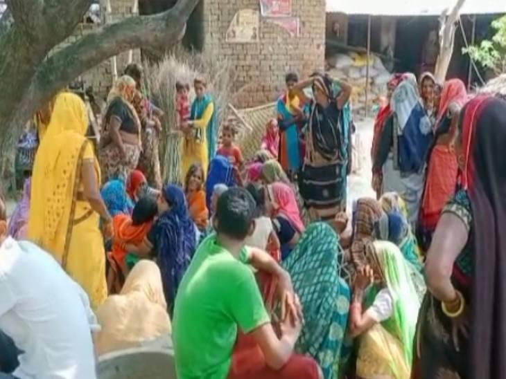 संपत्ति के लालच मे सिरफिरे दामाद ने की ससुर की फावड़े से गला काट कर हत्या|आगरा,Agra - Dainik Bhaskar