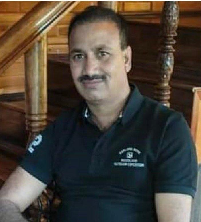 हमले के वक्त इंस्पेक्टर परवेज अहमद डार नमाज अदा कर घर लौट रहे थे।