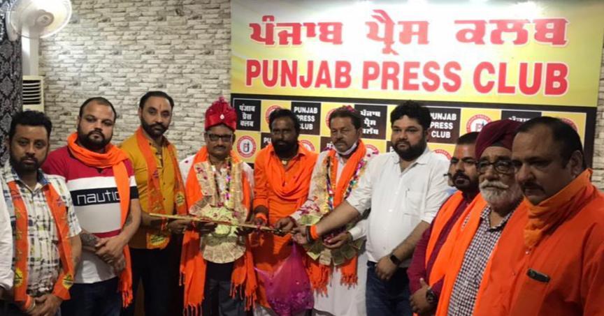 जालंधर में बोले शिवसेना (बाल ठाकरे) के राष्ट्रीय संगठक: सिर्फ हम असली, पंजाब में अपने फायदे लिए बनाई नकली शिवसेनाओं को बंद कराएंगे जालंधर,Jalandhar - Dainik Bhaskar