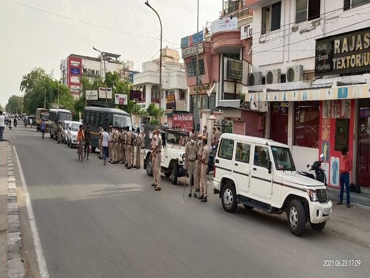 हथियारों के साथ कमांडो देख लोगों की थम गई सांसें, डॉग स्कायॅड ने चप्पा-चप्पा छाना, मॉकड्रिल देख लोगों में आई जान जयपुर,Jaipur - Dainik Bhaskar
