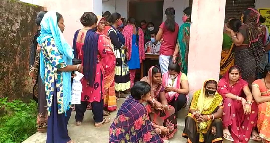 भागलपुर पहुंची 40 हजार वैक्सीन की डोज, 51 टीमों को किया गया तैयार भागलपुर,Bhagalpur - Dainik Bhaskar