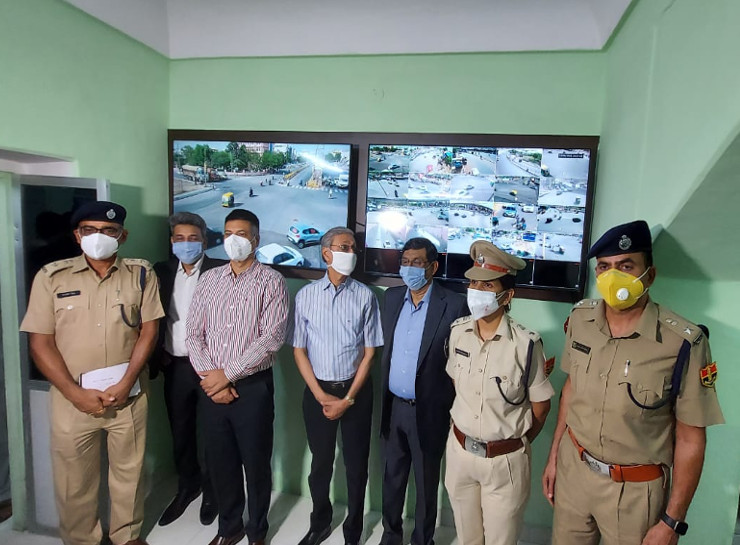 ट्रेफिक नियमों का उल्लंघन करने पर वाहन का कटेगा चालान, कंट्रोल रुम से वाहनों की आवाजाही पर निगरानी रखेगी पुलिस|जयपुर,Jaipur - Dainik Bhaskar