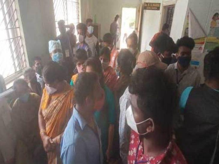 3 महीने से मानदेय नहीं मिलने से नाराज नर्सों ने ठप किया काम, जांच से लेकर वैक्सीनेशन का कर्य प्रभावित रांची,Ranchi - Dainik Bhaskar