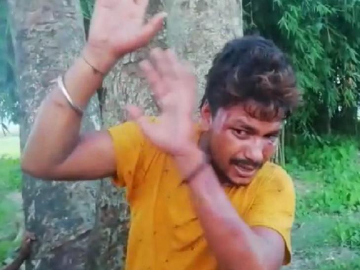 सहरसा में मधेपुरा से आए शख्स से बाइक छीनने की कोशिश की, लोगों ने एक बदमाश को पकड़ कर पीटा|सहरसा,Saharsa - Dainik Bhaskar