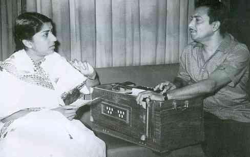 12 नवंबर 2004 को रिलीज हुई यश चोपड़ा की फिल्म 'वीर-जारा' मदन मोहन के संगीत से सजी आखिरी फिल्म थी।