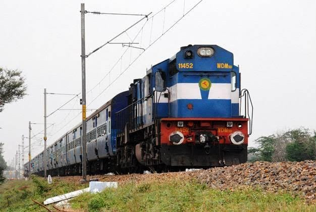 वाराणसी से जाने वाली 2 ट्रेन के समय में किया गया फेरबदल, 6 ट्रेन का बढ़ाया गया फेरा, पटना के लिए शुरू होगी स्पेशल ट्रेन|वाराणसी,Varanasi - Dainik Bhaskar