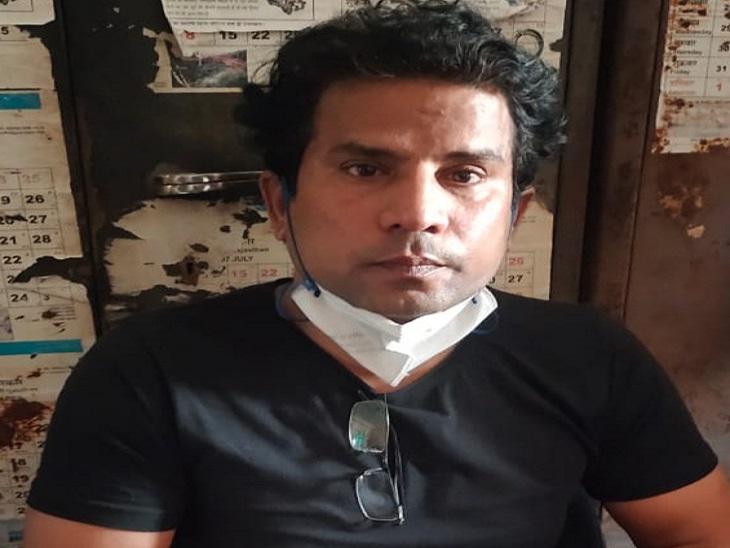 CMHO जयपुर ऑफिस में किया ACB ने ट्रैप; LDC को चार हजार रुपए की रिश्वत लेते किया गिरफ्तार, कई दिनों से कर रहा था परेशान जयपुर,Jaipur - Dainik Bhaskar