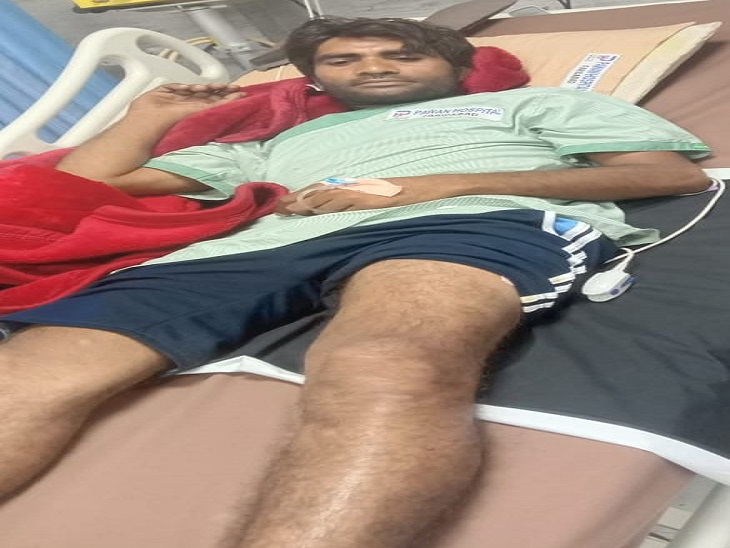 अस्पताल में भर्ती, पीड़ित ने बताया कि मुझे नहीं पता कि गोली क्यों मारी गई। - Dainik Bhaskar