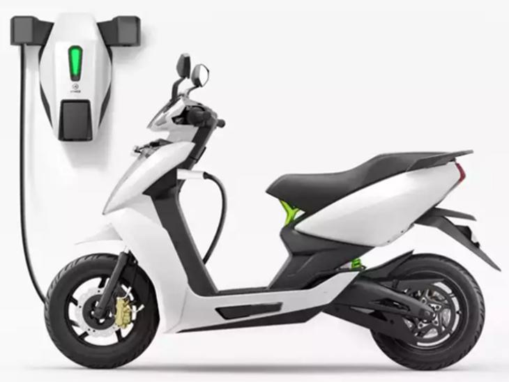 इलेक्ट्रिक टू-व्हीलर की कीमतें 28,000 रुपए तक कम हुईं, पेट्रोल की बढ़ती कीमतों के बीच बेस्ट ऑप्शन|टेक & ऑटो,Tech & Auto - Dainik Bhaskar