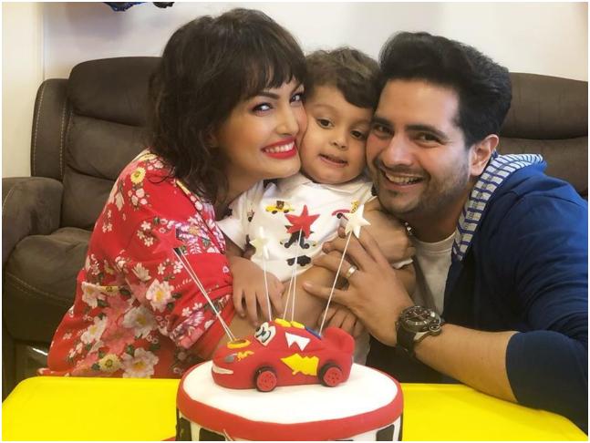 2017 में निशा रावल और करण मेहरा के बेटे कविश का जन्म हुआ था।
