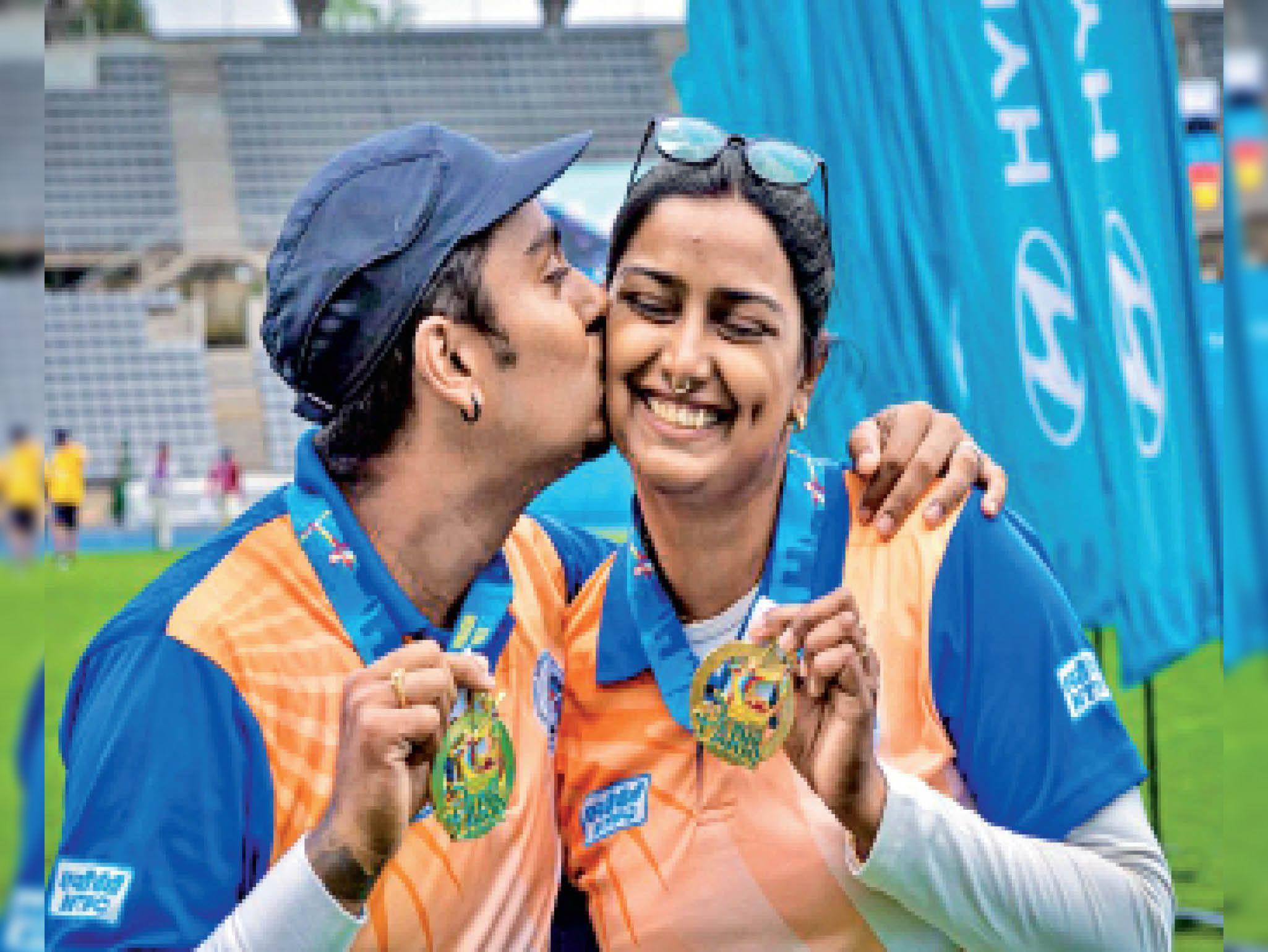 वर्ल्ड कप में भारतीय तीरंदाजों ने लगाई हैट्रिक, स्वर्ग में बनी जोड़ी ने धरती पर जीता स्वर्ण|झारखंड,Jharkhand - Dainik Bhaskar