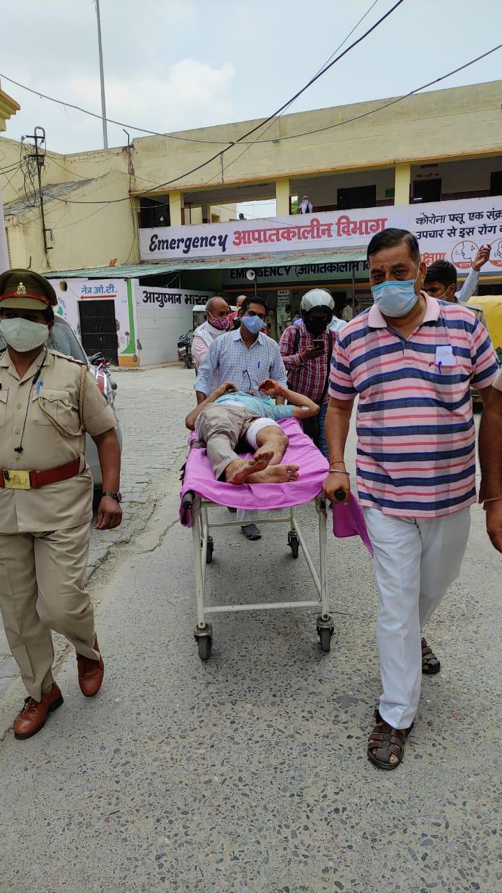 गार्ड केशव के गोली मारने से कस्टमर राजेश के जांघ की मुख्य हड्डी सात जगहों से टूटी, अभी भी पैर में फंसे हुए कई छर्रे|बरेली,Bareilly - Dainik Bhaskar