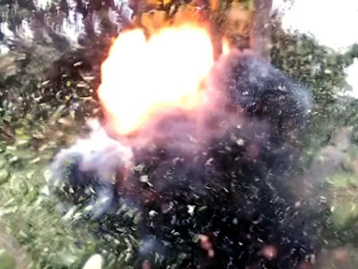 सुरक्षाबलों ने कैन बम को डिफ्यूज कर नक्सलियों के मंसूबों पर पानी फेर दिया। - Dainik Bhaskar
