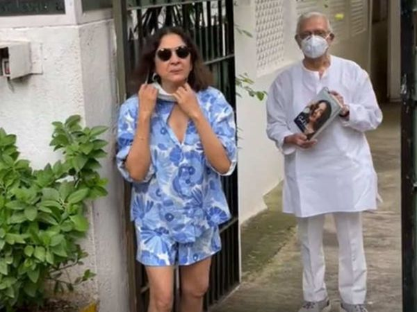 शॉर्ट्स पहनकर गुलजार से मिलने पर नीना गुप्ता को किया गया था ट्रोल, अब एक्ट्रेस बोलीं-मुझे इन 2-4 लोगों से फर्क नहीं पड़ता बॉलीवुड,Bollywood - Dainik Bhaskar