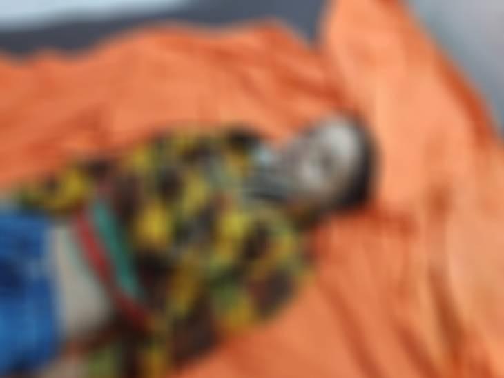 कार की टक्कर से 4 वर्षीय बच्चे की तो ट्राला ने हाईवे पर ड्राइवर को कुचला, दोनों की मौत जबलपुर,Jabalpur - Dainik Bhaskar