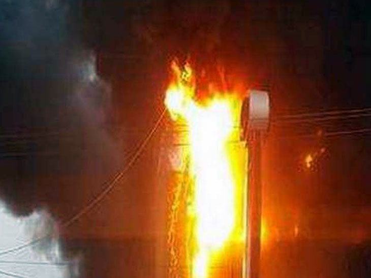 शिवानी ओसवाल हौजरी फैक्ट्री में सुबह 5 बजे लगी आग, 6 गाड़ियों ने 3 घंटे की कड़ी मशक्कत के बाद पाया काबू|पंजाब,Punjab - Dainik Bhaskar