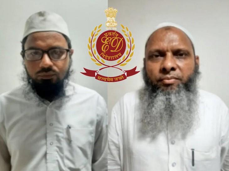 आरोपी उमर और जहांगीर के ठिकानों से कई अहम दस्तावेज बरामद हुए हैं। - Dainik Bhaskar