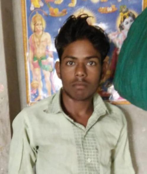 पैसों के लेनदेन में दबंगों ने दो भाइयों की बेरहमी से पीटा, एक की इलाज के दौरान मौत...आरोपी फरार आगरा,Agra - Dainik Bhaskar