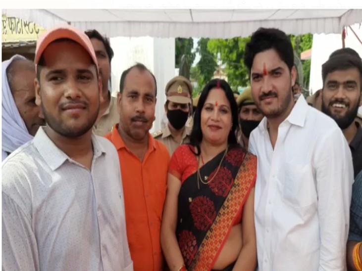 बीजेपी की ऊषा सिंह बनी जिला पंचायत अध्यक्ष, 45 में मिले 25 वोट|सुलतानपुर,Sultanpur - Dainik Bhaskar