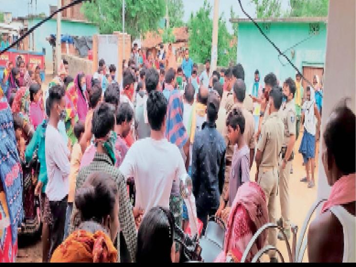 4 युवतियों पर तंत्र-मंत्र करने के आरोप में तांत्रिक के साथ विवाद महासमुंद,Mahasamund - Dainik Bhaskar