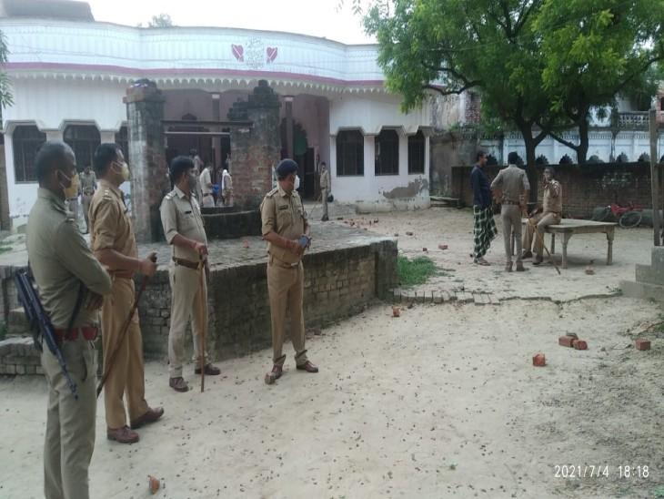 बच्चों के झगड़े में मौजूदा व पूर्व प्रधान में चली कई राउंड गोलियां, गोली लगने से एक युवक घायल|अयोध्या,Ayodhya - Dainik Bhaskar