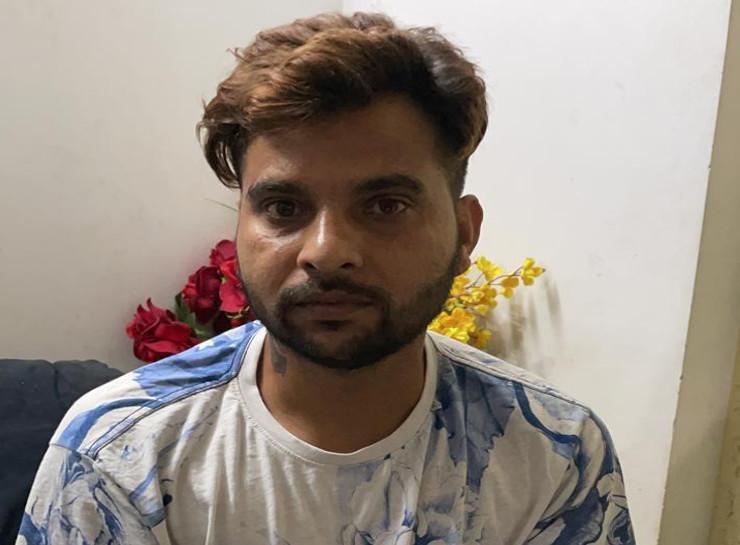 जयपुर में पकड़ा गया भानुप्रताप गैंग का कुख्यात बदमाश, दूसरी गैंग के बदमाश की हत्या के फिराक में आया था, एक पिस्टल और 50 कारतूस बरामद जयपुर,Jaipur - Dainik Bhaskar