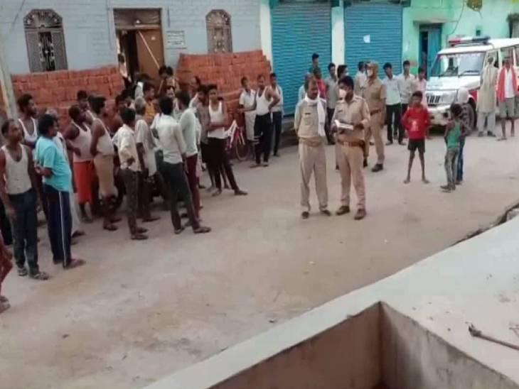 ईंट से कुचलकर मार डाला, रेप के बाद हत्या की जताई जा रही आशंका झांसी,Jhansi - Dainik Bhaskar