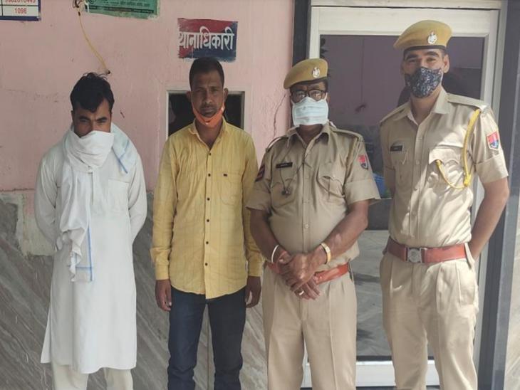 रास्ते में रोक कर मांगा आधार कार्ड; जेल में बंद करने की धमकी दी, दो गिरफ्तार, गाड़ीजब्त अजमेर,Ajmer - Dainik Bhaskar