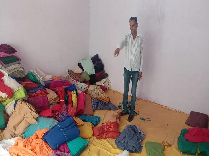 16 मिनट में गोदाम से 6 लाख रुपए का कपड़ा पिकअपमें भरकर ले गए चोर; CCTV में चोरों को तलाश रही पुलिस|पानीपत,Panipat - Dainik Bhaskar