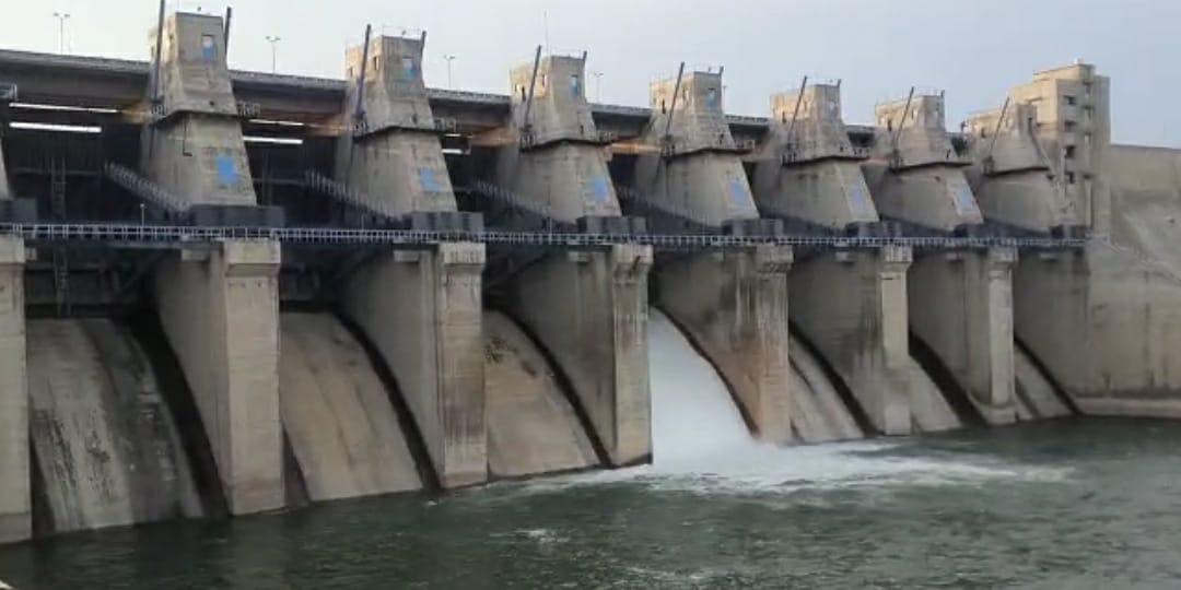सिंचाई होने के कारण खाली पड़ा है बांध, बारिश नही हुई तो बिगड़ सकते हैं हालात छिंदवाड़ा,Chhindwara - Dainik Bhaskar