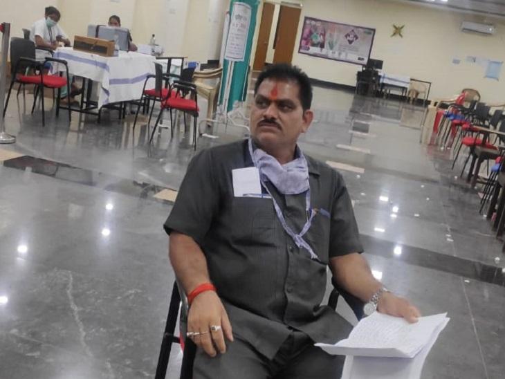 कोविशील्ड की जगह कोवैक्सीन का दूसरा डोज लगाया, थाने पहुंची शिकायत; चीफ मेडिकल अफसर बोलीं- चिंता की बात नहीं|रायपुर,Raipur - Dainik Bhaskar