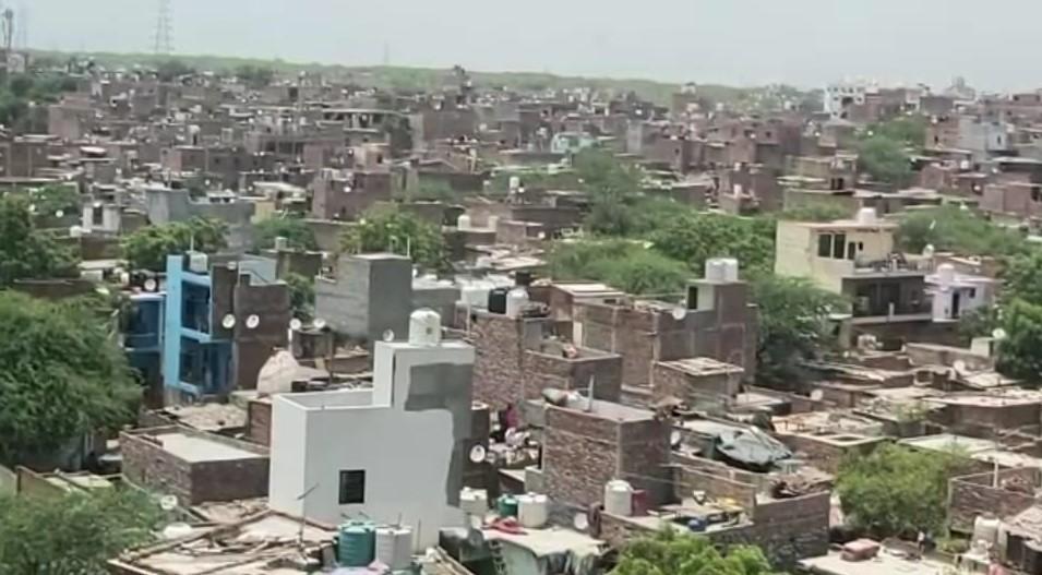 3000 से अधिक पुलिसकर्मी, 10 एंबुलेंस, 20 बसें, जेसीबी व फायर टेंडर तैयार, किसी भी वक्त चल सकता है बुल्डोजर फरीदाबाद,Faridabad - Dainik Bhaskar