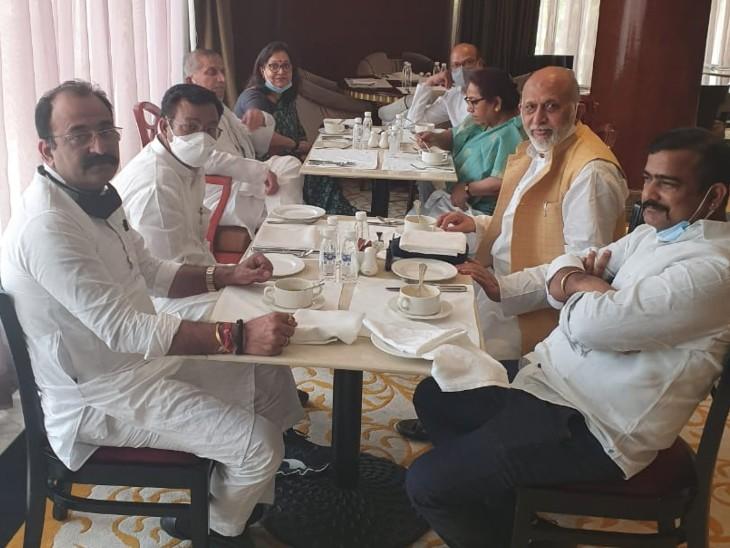 सोशल इंजीनियरिंग की मांग करने वाले अनिल शर्मा से सबसे पहले मिले राहुल गांधी, 19 MLA और 3 MLC के साथ शाम में मीटिंग|बिहार,Bihar - Dainik Bhaskar